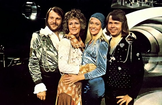 ABBA Live at Wembley Arena (2)