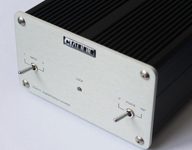 CI Audio VDA-2 DAC - schuinaanzicht