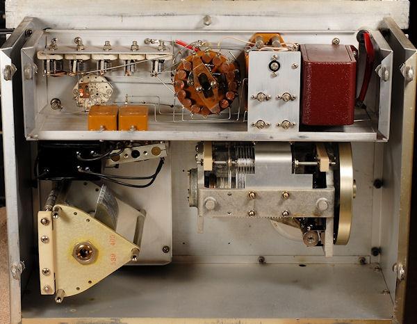 Condensatoren gemetenGR 716c internals