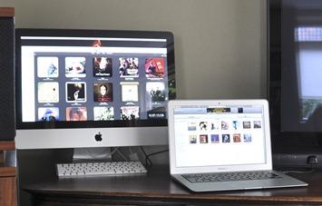 IMac en Macbook air naast elkaar